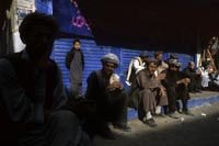 Quetta: Day laborers, many from Afghanistan, take a break.