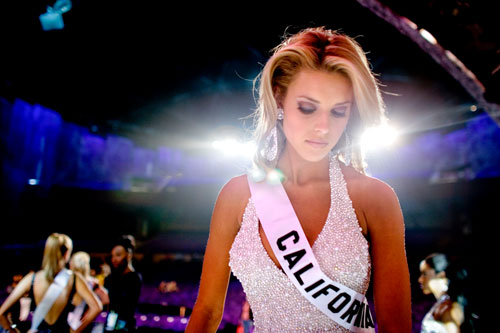 Carrie Prejean, Miss California, walks off stage during the Miss USA 2009 pageant