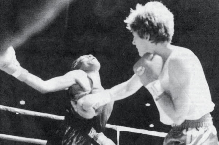 Deirdre Gogarty (right) vs. Shawnise Davis in 1996 (Photo by Robert Duyos, South Florida Sun Sentinel)