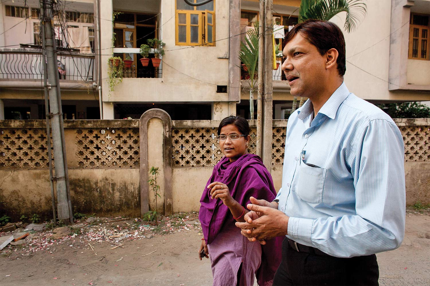 Pinki Kumari (left) and Binod Singh (right) in Patna, 2013.