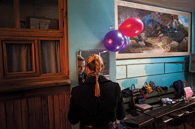 A young voter at a polling station in Simferopol on March 16, 2014, when Crimeans voted overwhelmingly to rejoin Russia.