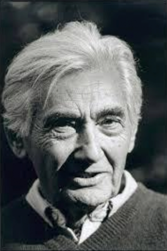 Howard Zinn. Photo by Robert Birnbaum